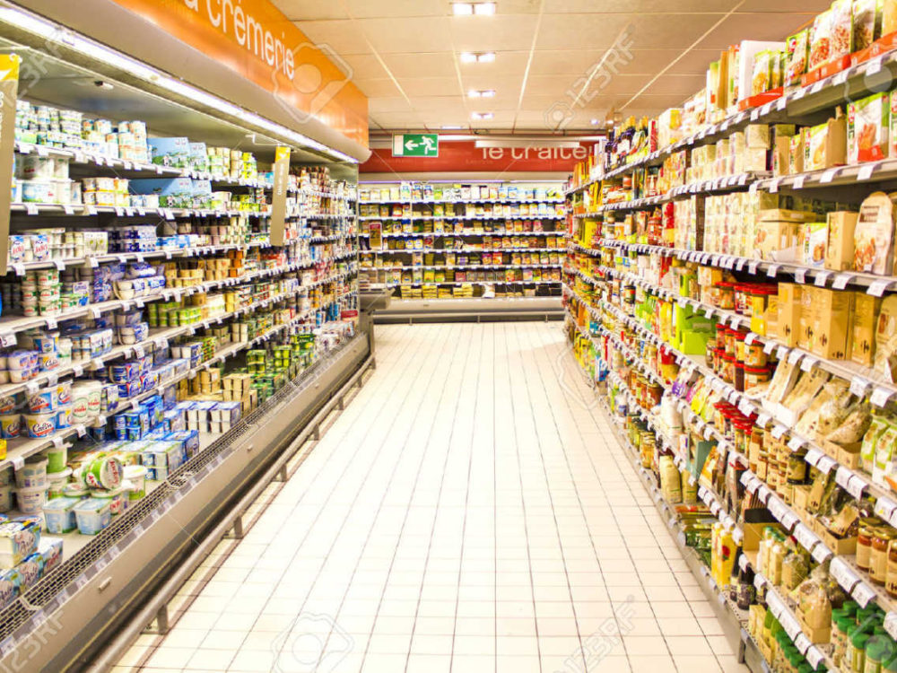 Locale commerciale 3 Vetrine in vendita  a Trieste