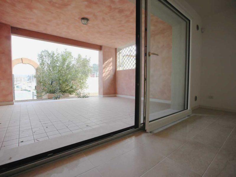 Appartamento trilocale in vendita strada per lazzaretto muggia andrea oliva - Bagno san rocco muggia ...